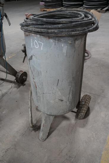 Small Sand Blast Pot