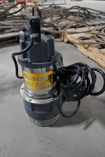Mustang Sub Pump