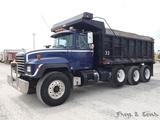 1996 Mack RD688S Triaxle Dump Truck, SN:1M2P267CXTM026996, Mack E7 350 Dies
