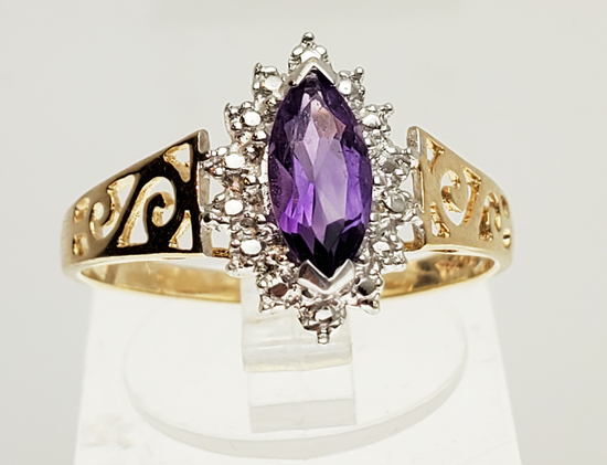FAIRY TALE STYLE 10K YELLOW GOLD AMETHYST RING