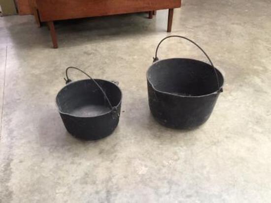 2 Cast Iron Pots