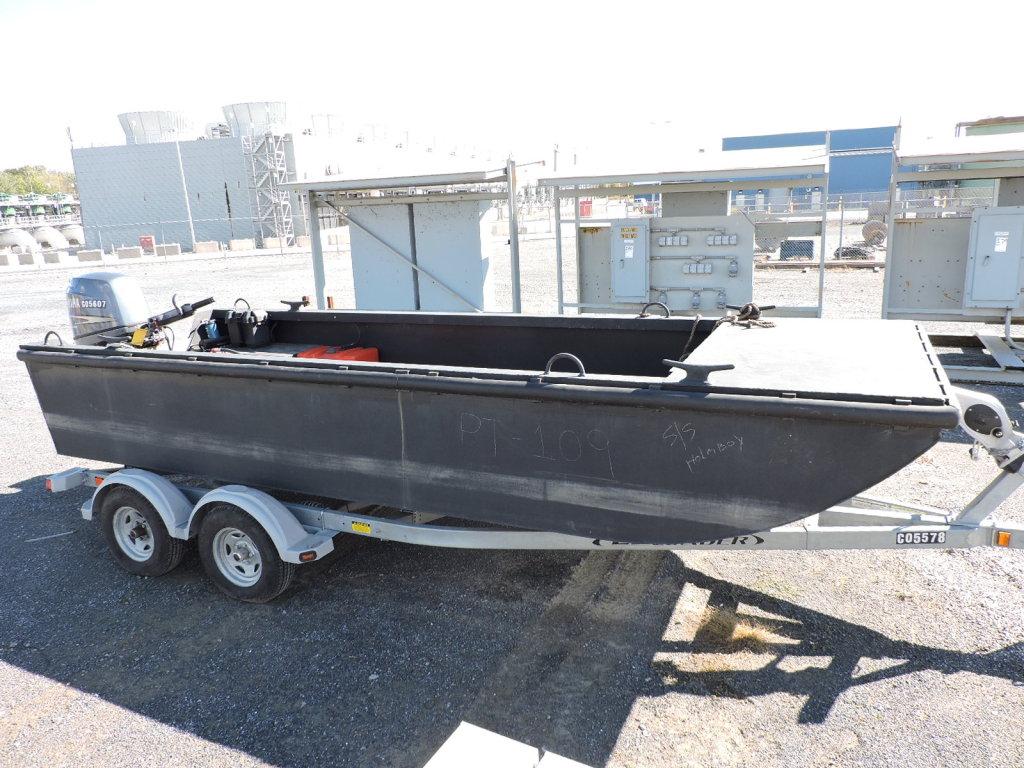 16' Flat Bottom Barge – EZ Load Trailer – Yamaha 90 Fuel Injected 4-Stroke