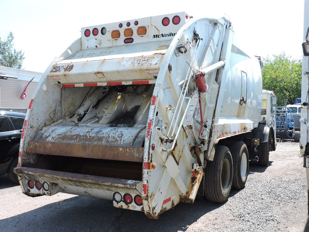 2008 Mack Le600 Mcneilus Garbage Truck Note Title Delay Commercial Trucks Waste Water Trucks Garbage Trucks Online Auctions Proxibid