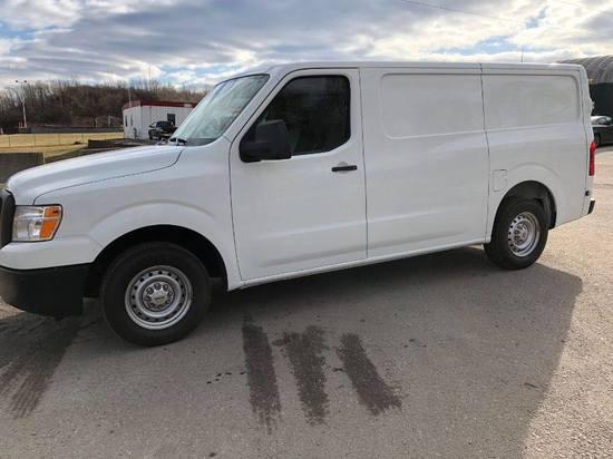2014 Nissan NV 2500 Cargo Van