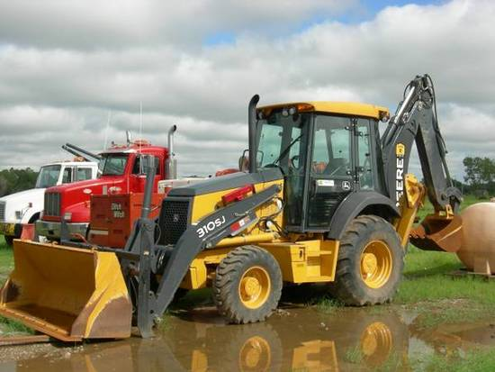 2011 John Deere 310SJ Backhoe - 4WD - Low Hours