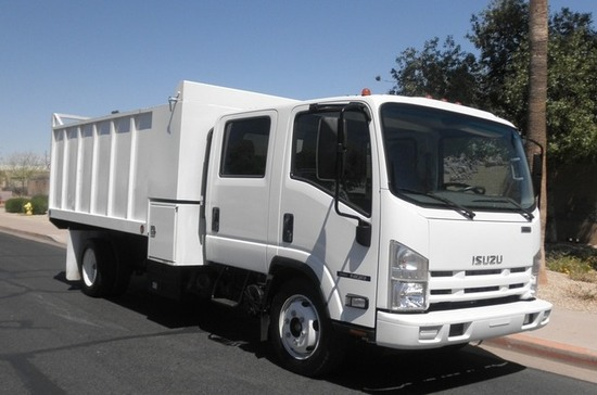 2014 ISUZU NQR Crew Cab Mason Dump - Like New - Low Miles