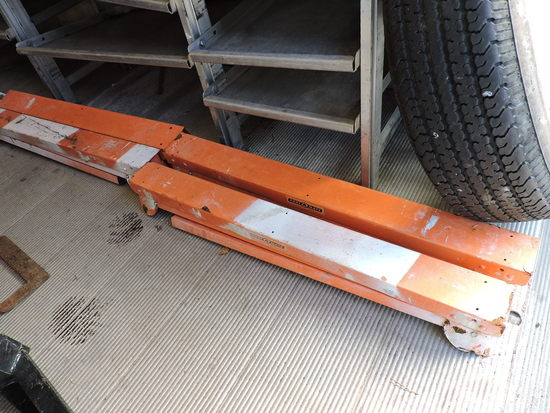Set of 4 Orange Saw Horses / One Equipment Stand