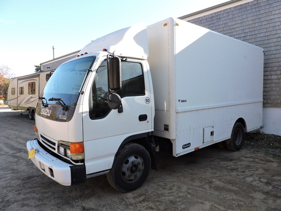 2000 Isuzu NPR Regular Cab Enclosed Utility Body - Turbo Diesel / Auto