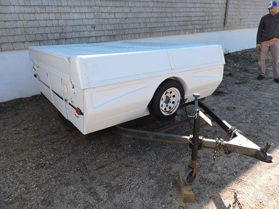 2000 Coleman TAOS Pop-Up Camper Trailer