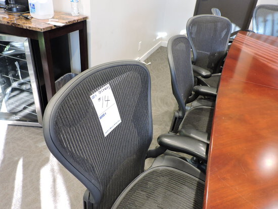 Lot of 10 HERMAN MILLER  3D01 Rolling Office Chairs - All Matching
