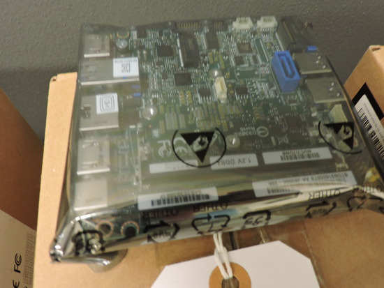 Case of 5 INTEL Brand NUC Board with 8th Gen. Processors - NEW