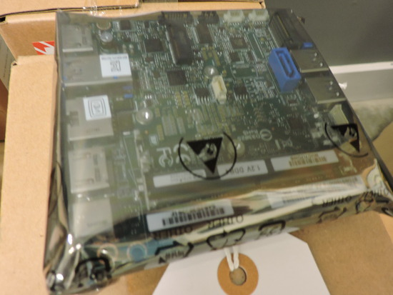 Case of 6 INTEL Brand NUC Board with 8th Gen. Processors - NEW