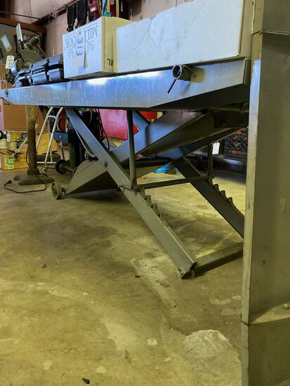 Elevating Steel Motorcycle Work Table with Ramp