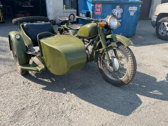 CHANG JIANG CJ750 with Side Car / Shows 1 Mile on the Odometer -- READ DESCRIPTION