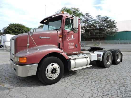 1996 International 9200 Truck Tractor Day Cab - One Owner with 122k Miles