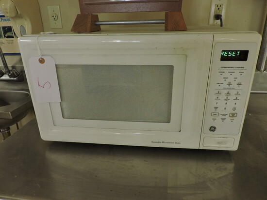 GE Brand Microwave Oven - Functional