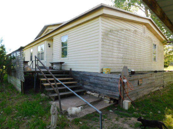 SOLD!!! 8 LOTS WITH DOUBLE WIDE MOBILE HOME; LINCOLN, TEXAS