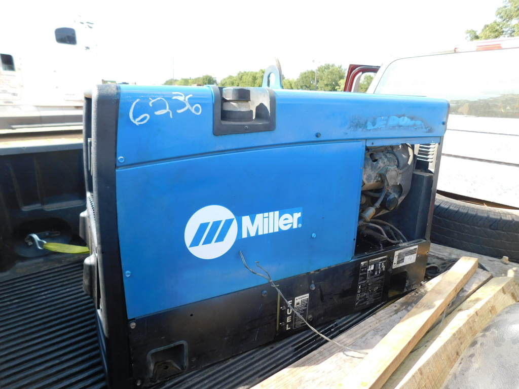 MILLER GAS WELDING MACHINE