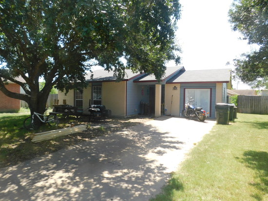 *NOT SOLD* 187 WELLS COVE GIDDINGS, TEXAS RESIDENTIAL HOME