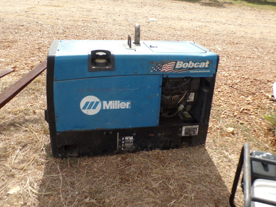 MILLER BOBCAT 225 WELDER  SHOWING 3710 HOURS
