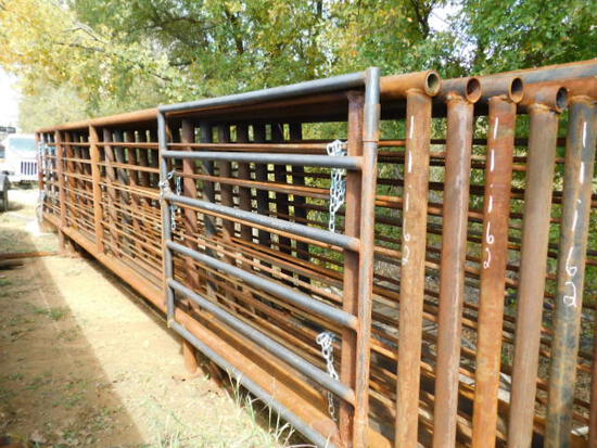 **NOT SOLD** 8 Panels with 6ft Gate