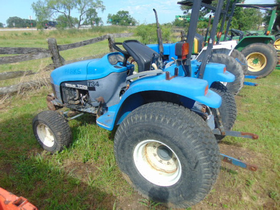 *NOT SOLD* NEW HOLLAND TC29 TRACTOR 2WD POWER STEERING