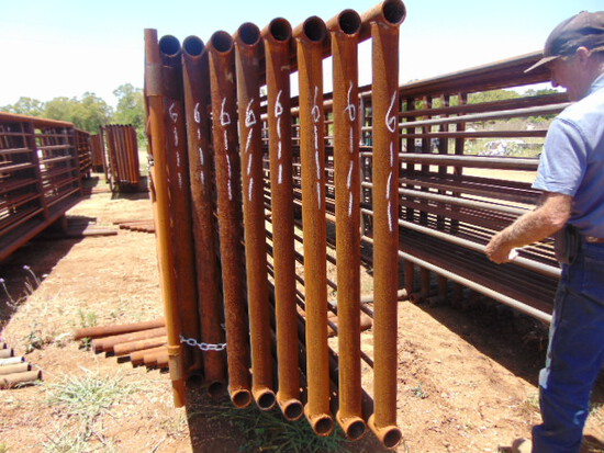 *NOT SOLD* QTY 8 24FT HEAVY DUTY CATTLE PANELS INCLUDED 6FT GATE