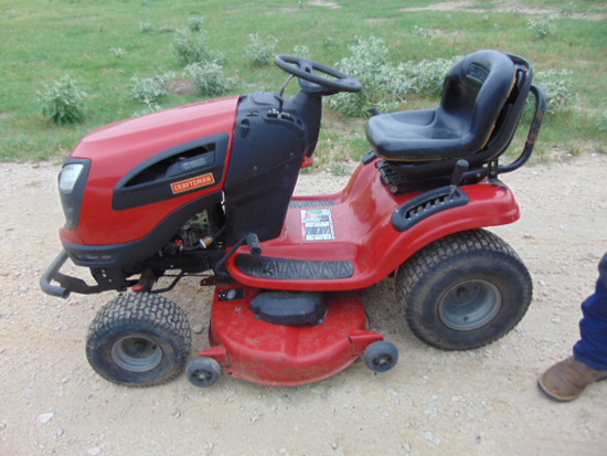 *SOLD* CRAFTSMAN XT 3000 RIDING LAWN MOWER