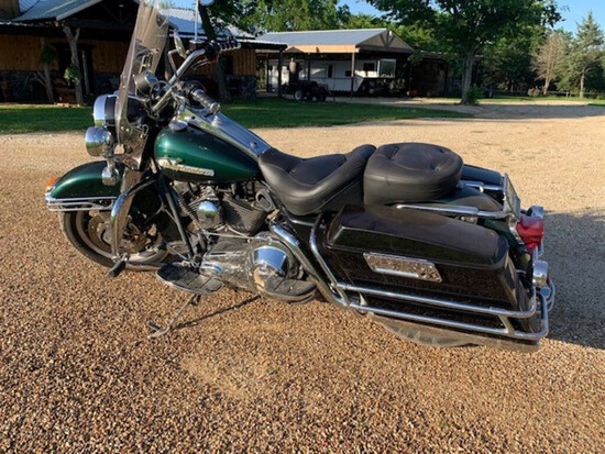 Hearly Davidson Road King Motor Cycle