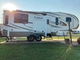 *NOT SOLD*2013 WILDCAT EXTRALITE 33' 5TH WHEEL TRAILER