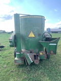 *NOT SOLD*JOHN DEERE 700 GRINDER MIXER