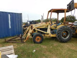 Ford Tractor W/loader / runs/