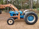 Ford 4000 Diesel Tractor W/Loader Dirvers Strong
