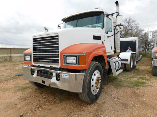 Mack  2012 HAUL Truck TRACTOR