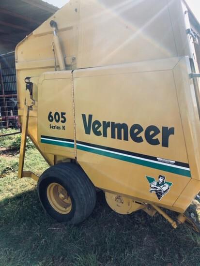 NOT SOLD Vermeer 605 ROUND Baler Series K