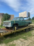 *SOLD* 1979 3/4 TON CHEVY 4X4 GAS ENGINE WITH HUNTING PLATFORM