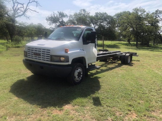 2005 GMC CAB/ CHASSIS TRUCK AUTO