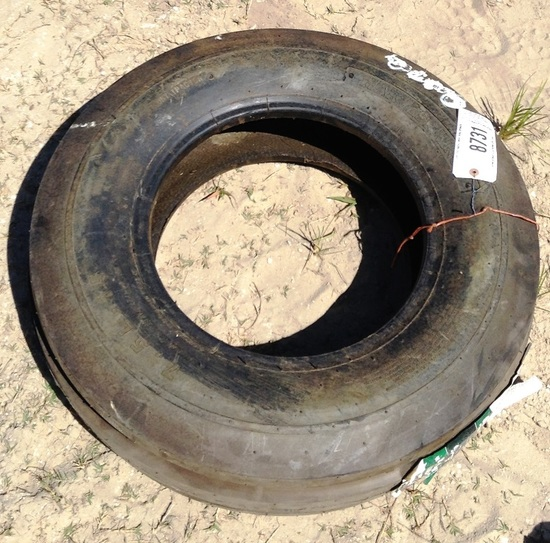 FRONT TRACTOR TIRE 7.5L-15