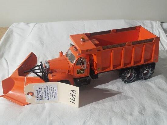 Die Cast Mack State Highway Plow Truck