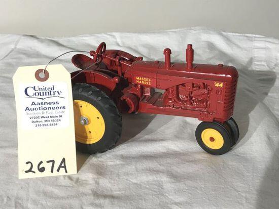 Ertl Massey Harris #44 Tractor