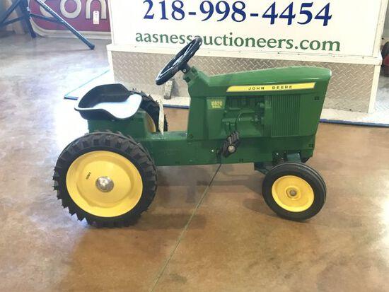 Ertl J.D. 5020 DSL Pedal Tractor