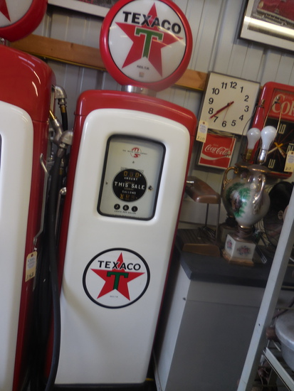 Restored Wayne Elec. Gas Pump
