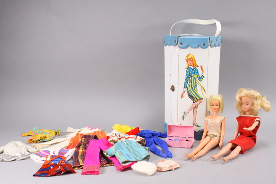 Francie Carry Case & Doll, American Doll, Clothes & Accessories