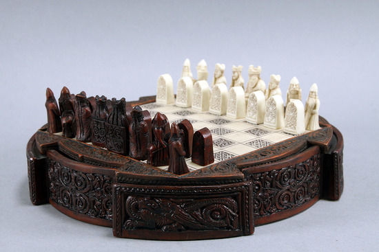 """Small """"Middle Ages Viking"""" Chess Set"""