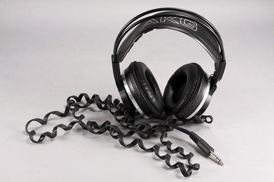 AKG K 340 Headphones