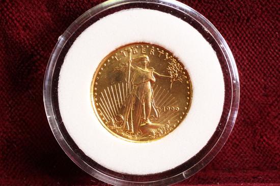 1999 1/10 oz $5 US Gold American Eagle