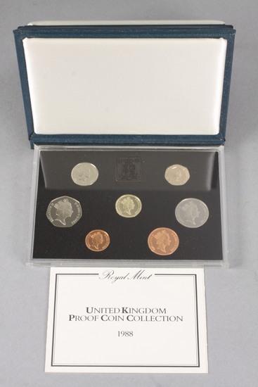 1988 Royal Mint Elizabeth R 7 Proof Coin Set in Display Case