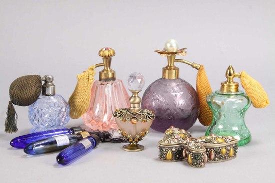 Paris Perfume Laydown Bottles & 4 Vintage Atomizers