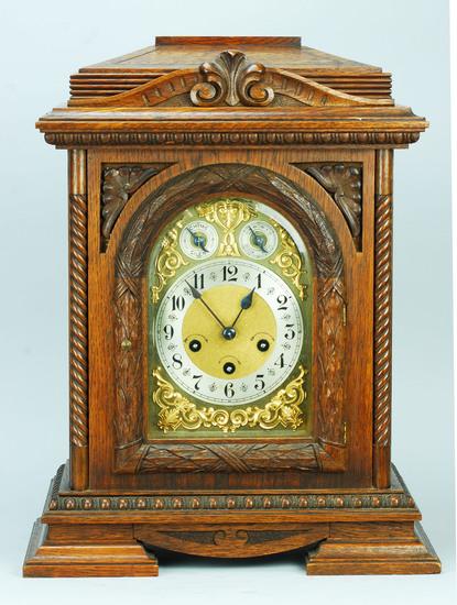 Junghans Oak German Bracket - Table Clock, Ca. 1890's