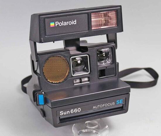 Polaroid Sun 660 Autofocus SE Instant Camera